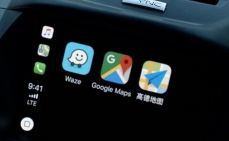 Add Google Maps Waze CarPlay iOS 12